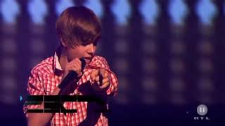 #justin  Justin bieber live performace {baby} . .