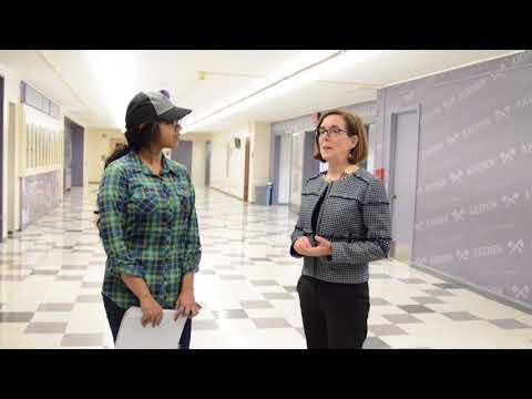 Oregon Governor Kate Brown visits South Eugene  High School
