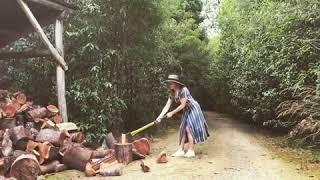 Rose McIver Cutting Wood  (2017 02 17)