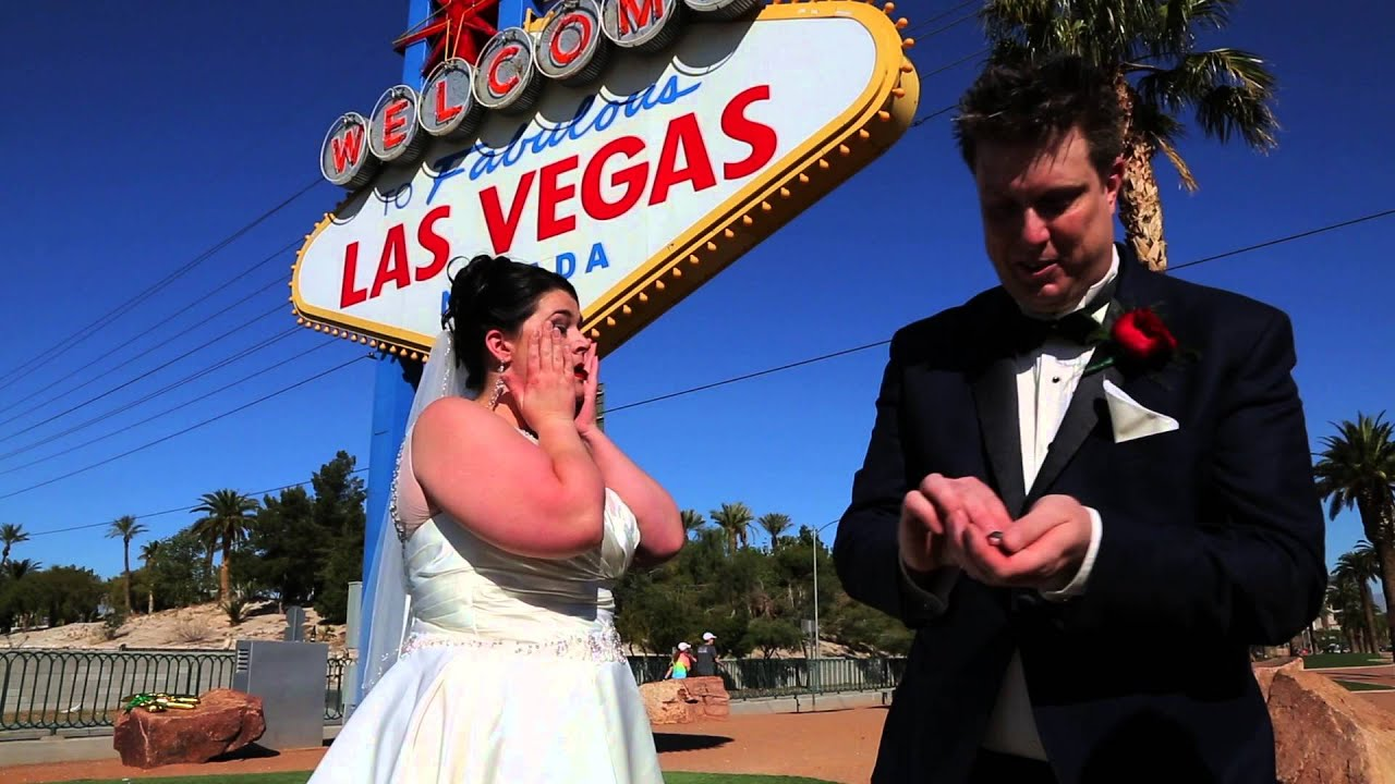 Las Vegas Sign Weddings