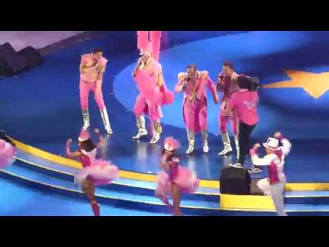 Toppers in concert 2018 Pretty in pink Opening