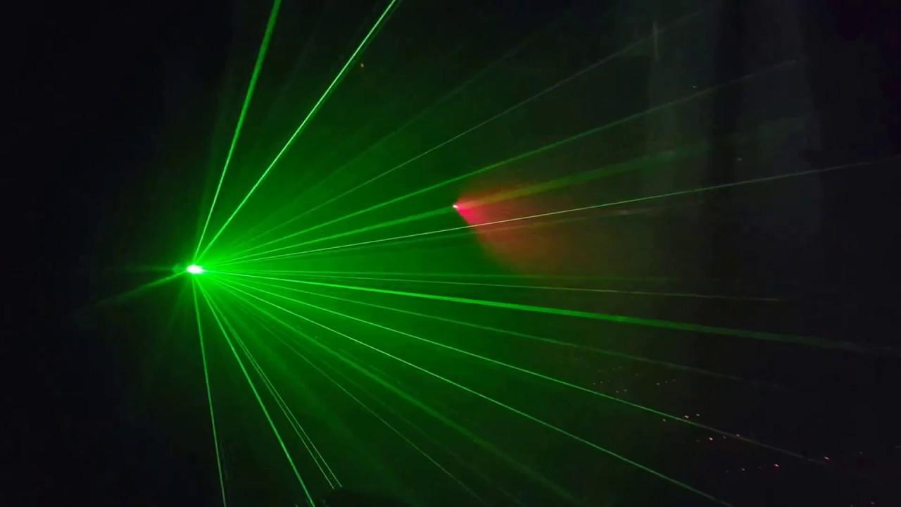 картинка лазер в дыму показала