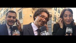 Carlo Sibilia, Danilo Toninelli e Carla Ruocco cantano Gino Paoli contro il Rosatellum