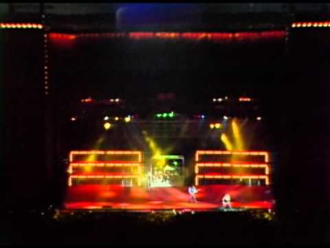 Motley Crue - Red Hot - 10/10/1987 - Oakland Coliseum Stadium (Official)