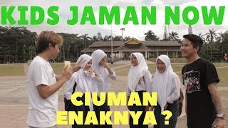 Download Video KIDSJAMANNOW !! CIUMAN ENAKNYA TIDURAN ? MP3 3GP MP4