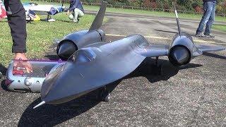 LOCKHEED SR-71 BLACKBIRD RC SCALE TURBINE JET MODEL
