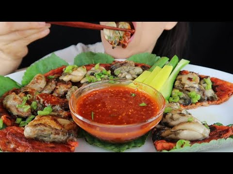Oysters with Spicy Kimchi Pancake No Talking ASMR Eating Sounds Real Sound Mukbang