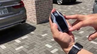 BMW7シリーズの自動駐車機能のデモ