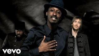 K'NAAN - Wavin' Flag ft. will.i.am, David Guetta