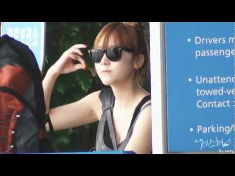 110810 Jessica @ Incheon Int'l Airport-3