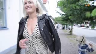 Hollywood-stjärnan Malin Åkerman sommarsemestrar i Sverige