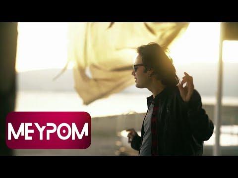 Deniz Tuzcuoğlu - Kadınım (Official Video)