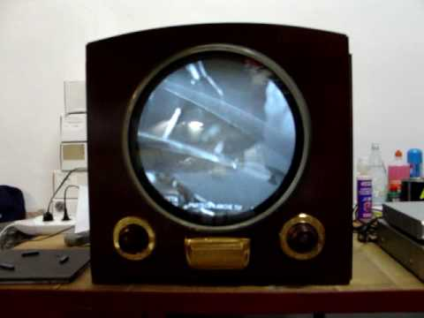 Vintage 1949 Raytheon Television in Italy, part 1