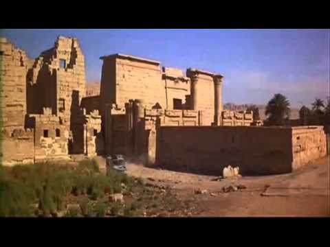 James Bond visiting an Egyptian temple #SanskariJamesBond
