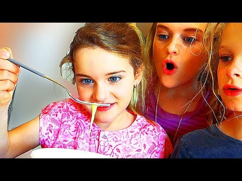 AMERICAN BREAKFAST FOR MOTHER'S BIRTHDAY | 4 KIDS SURPRISE PRESENTS
