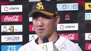 ホークス・内川選手・東浜投手のヒーローインタビュー動画。 2017/05/23...