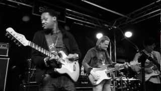 Little Wing - Eric Gales, Matt Schofield and Tomo Fujita at Slidebar