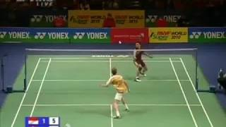 Learn How to Play Backhand from Taufik Hidayat