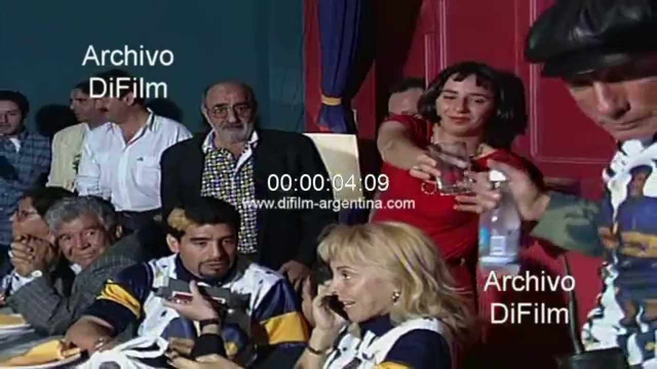Diego Maradona junto a su familia durante comida en Boca ...