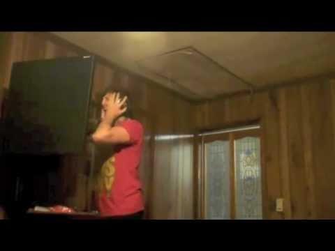 Austin Carlile Screaming in Studio