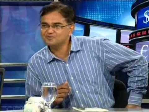 TARIQUE KHAN JAVED DISCUSSING PROBLEMS OF AGRICULTURE WITH ASRANI AND IMRAN