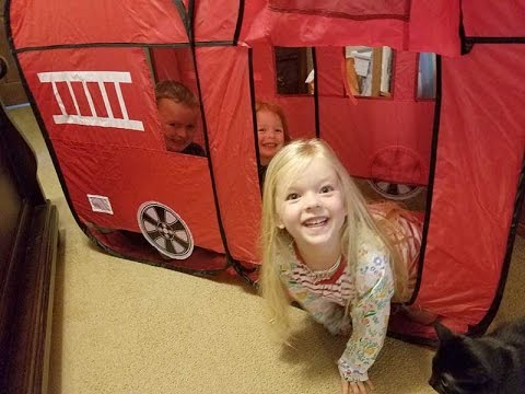 Fire Truck Pop Up Play Tent Indoor /& Outdoor Playhouse Foldable Tent Toys for Toddlers,Boys and Girls Diagtree Kids Play Tent Red Fire Truck