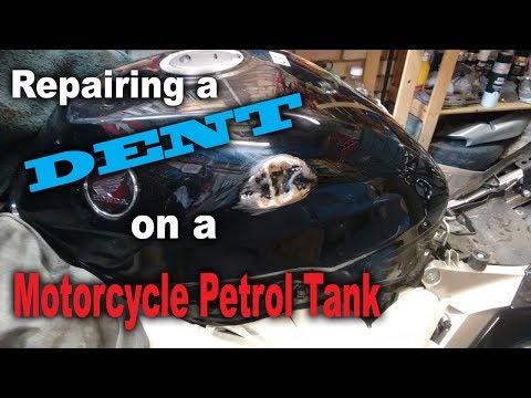 Cambridge Pinstriping, Repairing Dent on a Petrol Tank, Honda VFR 800