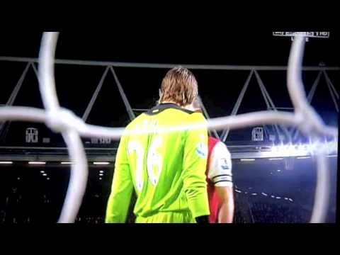 Robin Van Persie Vs Tim Krul Fight Arsenal 2-1 Newcastle 12/3/2012