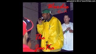 Woodie featuring The Jacka shadow XO Creep -Holdin On-