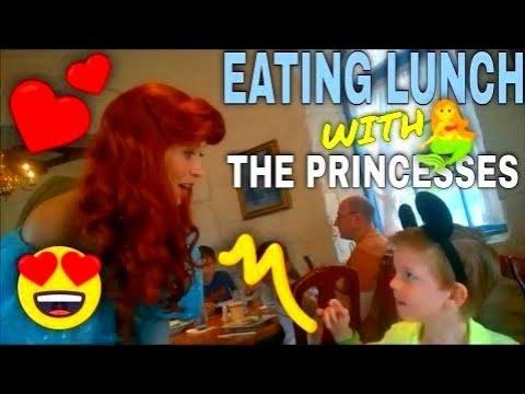 Disney Princess Ariel, Aurora, Snow White, & Cinderella Lunch At Akershus Disney World Epcot