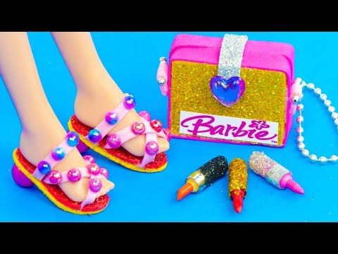 12 DIY Miniature Barbie Hacks and Crafts: Barbie hair pins, shoes, bags and more!