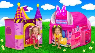 Sasha and Slava play with Playhouse Tent with Toy Surprises