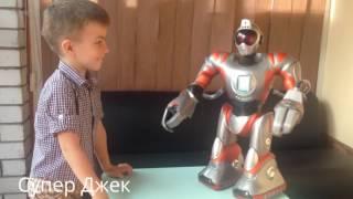 видео Радиоуправляемые роботы, интерактивные роботы-игрушки на управлении