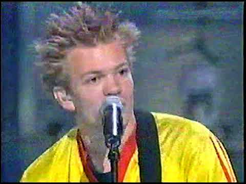 Sum 41 FT Tommy Lee And Rob Halford Rock Medley Live Mtv 20th Anniversary