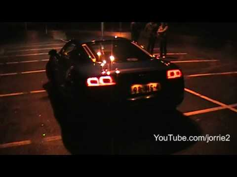 Audi R8 5.2 FSI V10 Sound! Ride + revving