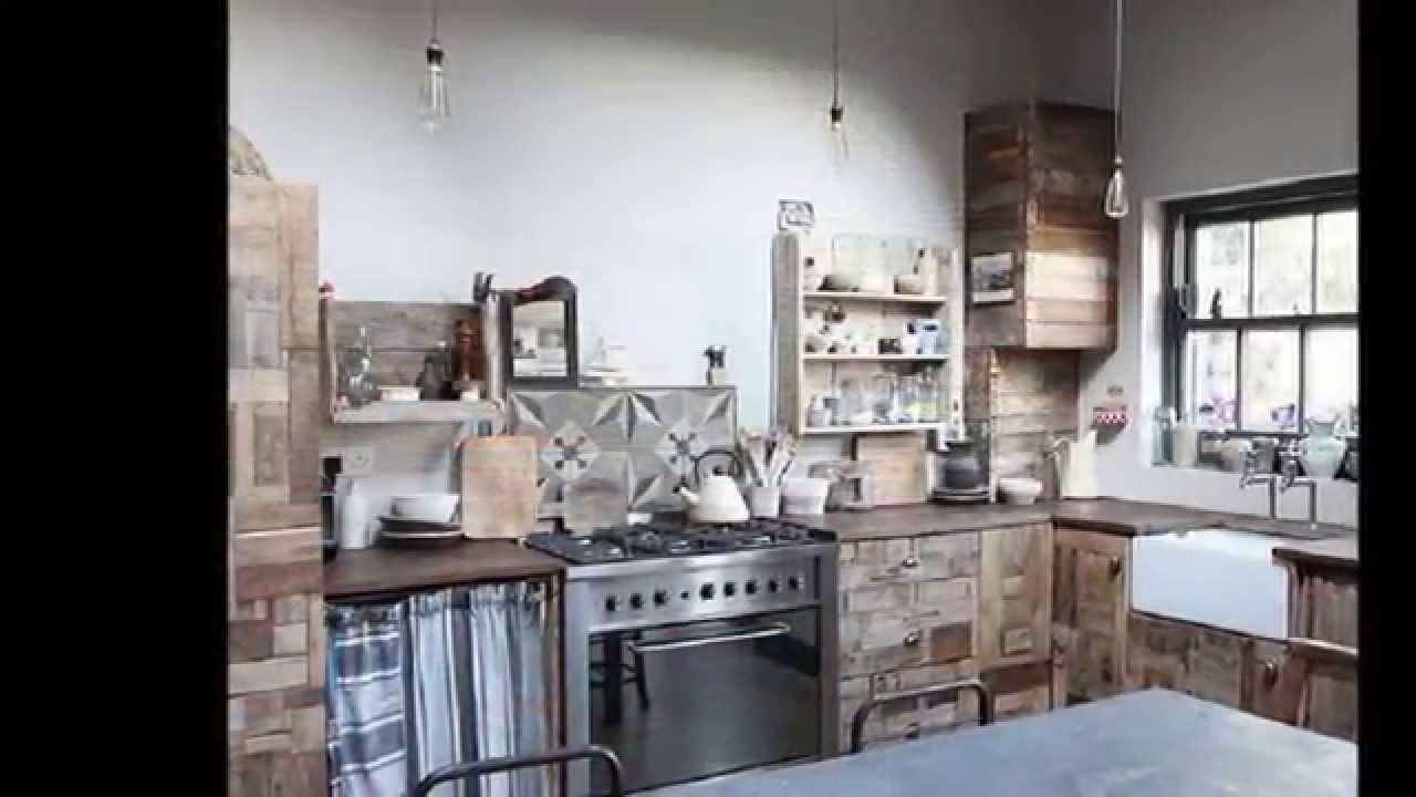 I migliori 23 pallet idee d 39 arredo per la vostra cucina for Arredo cucina rustica