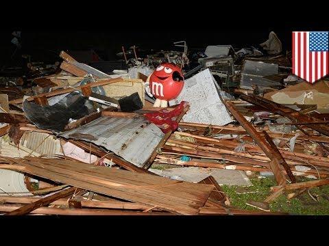 Tornadoes sweep through Arkansas, Oklahoma, Kansas, at least 17 killed