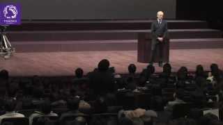 Justice with Michael Sandel at Tohoku University 2013年2月22日に東北大学で開催された特別講義「マイケル・サンデルの白熱教室 @東北大学」の模様です。