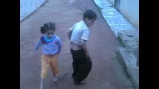 Eliezer Paulino De  Morais Guilherme e Daiane dançando creu sem a musica do creu
