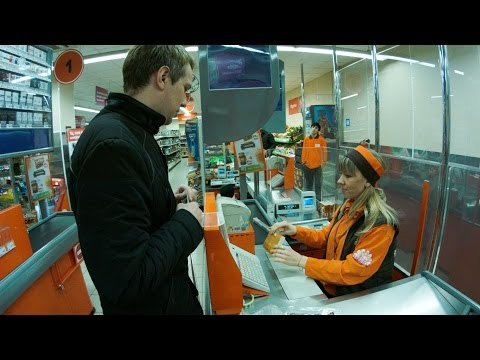 """Neighborhood Store in Moscow. """"Real Russia"""" ep.75"""