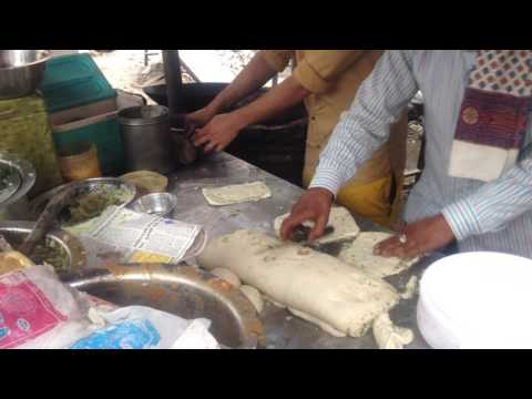 How they make Amritsari Kulcha Part 1