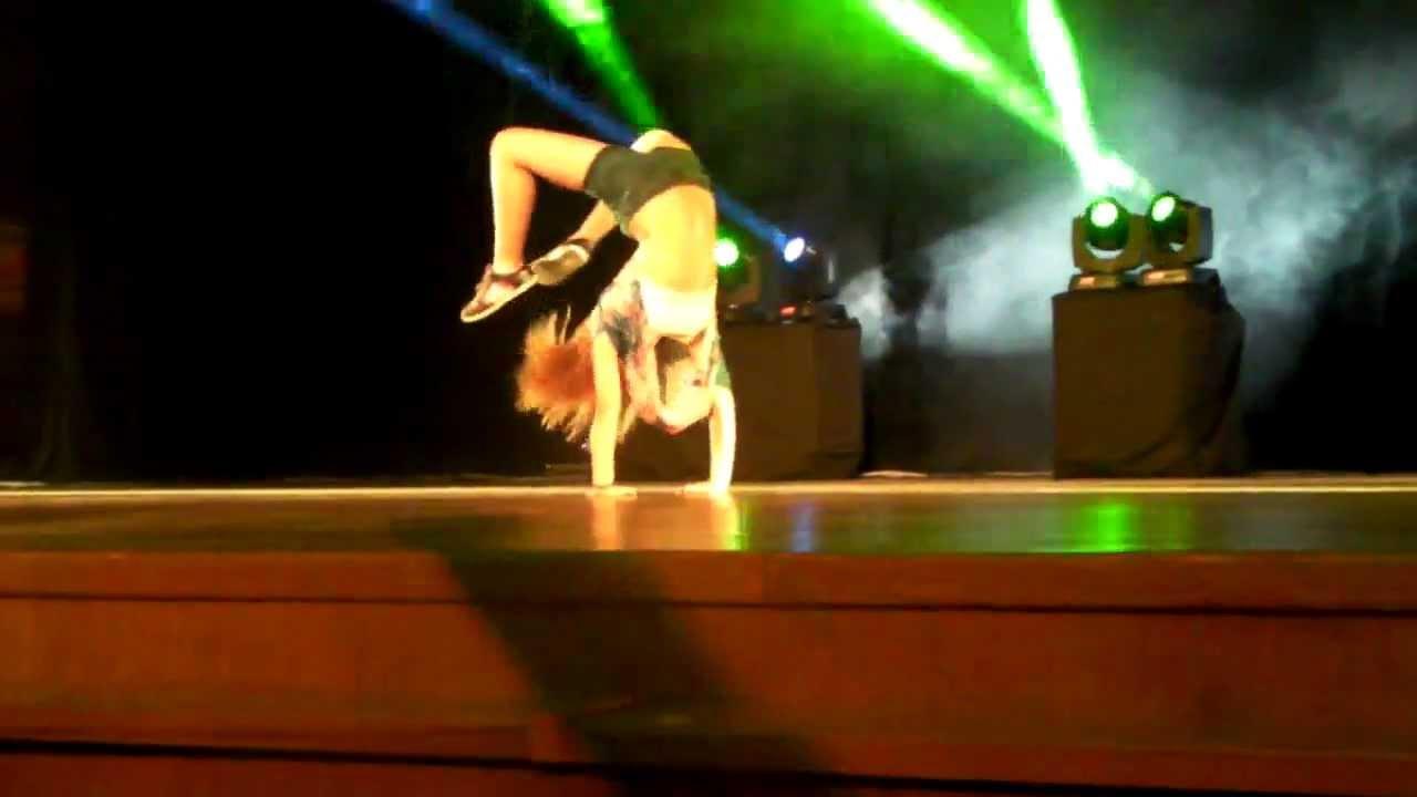 Melis Özden solo performans- Adana Dans Akademi.