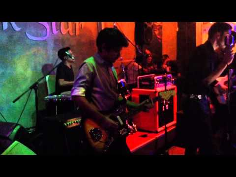 CEREMONY - There's a light that never goes out (The Smiths) @ RockStar Bar