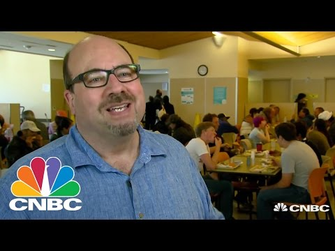 Craigslist Founder Craig Newmark Asks Tech Industry To Join In Giving Back | CNBC