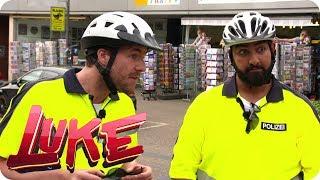 Luke und Faisal - Die Fahrradcops - LUKE! Die Woche und ich | SAT.1