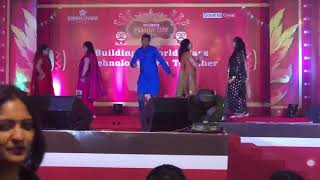 Group performance on Yeh Baby, Aankh Maare, Bhangra tan sajda and Morni Banke