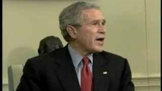 Raw news footage of Bush-Iraqi photo op, pt 1