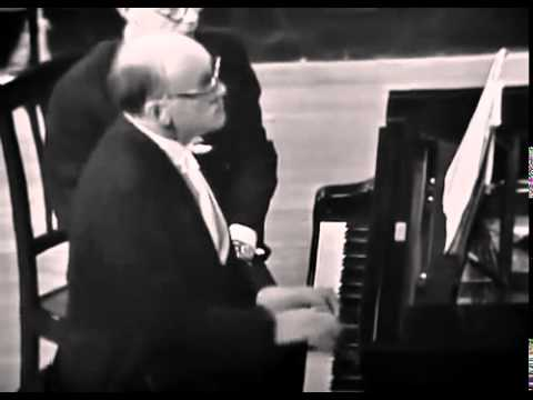 Mstislav Rostropovich - Beethoven - Cello Sonata No 2 in G minor, Op 5