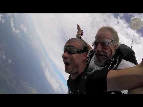 Tandem Skydive | Ilija from Kac, Serbia