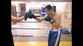 Бокс: Уроки для начинающих. Виды ударов в боксе. часть 1(Бокс -- это сложный и опасный вид спортивных единоборств. Он требует от бойца физической силы и выносливости..., 2012-03-04T13:41:29.000Z)
